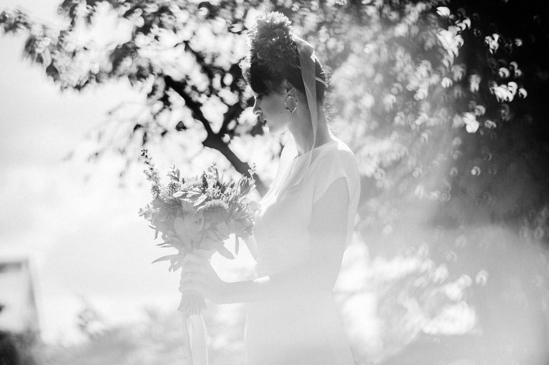 zdjęcia ślubne w ogrodzie
