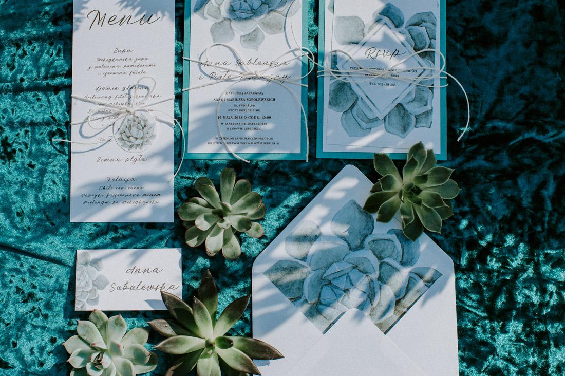 zaproszenia ślubne błękit sukulenty