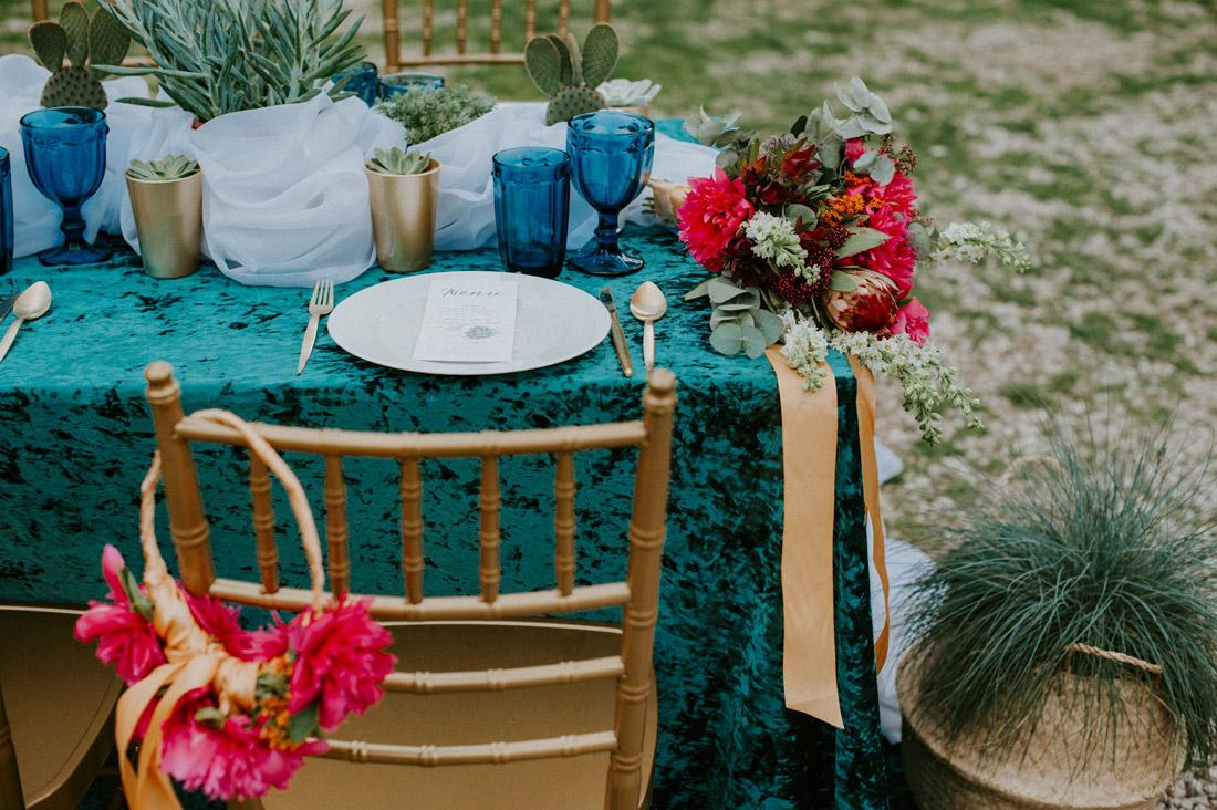 ślub dekoracje stołu turkus złoto